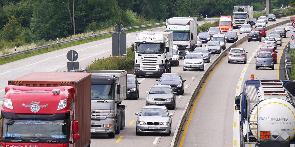 Truck-Bottleneck
